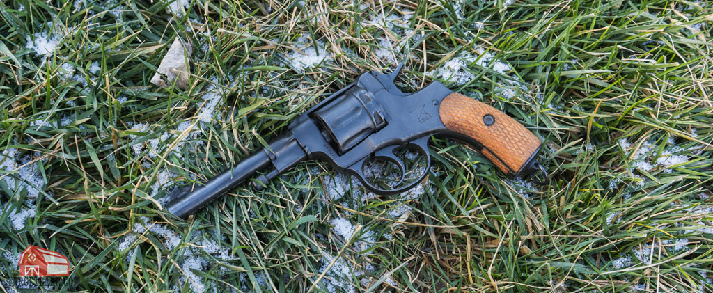 m1895 nagant revolver in the grass