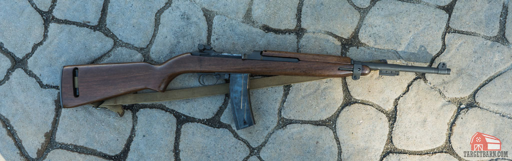 an m1 carbine with a magazine inserted