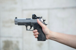 How to grip your pistol with one hand